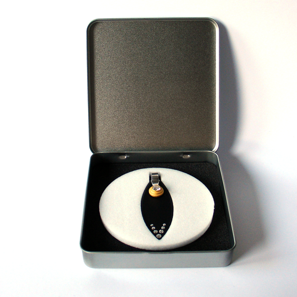 FORMschmuck-Anhänger Silber Blatt in Geschenkbox