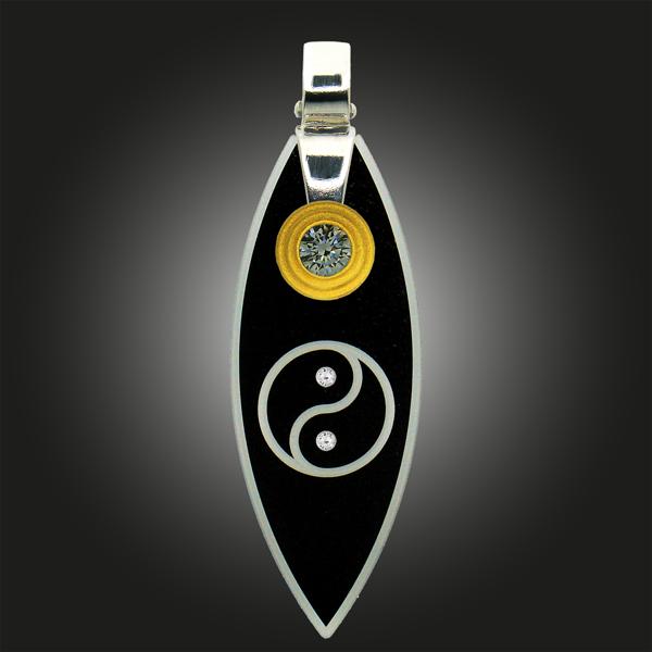 Formschmuck-Kette mit Silberanhänger rund Motiv YinYang