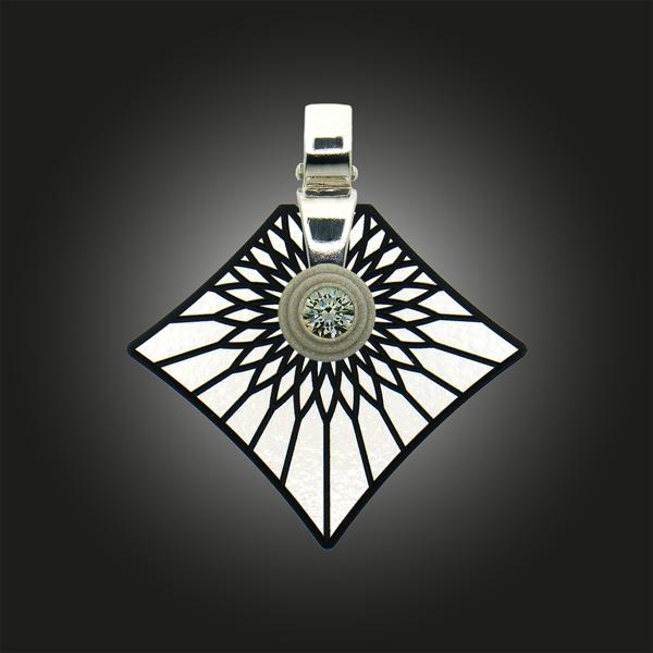 FORMschmuck-Kette mit Silberanhänger groß Strahlen